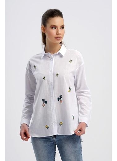 Nismia Doğa Dostu Bitki Nakışlı Geniş Kalıp Salaş Pamuklu Gömlek Beyaz